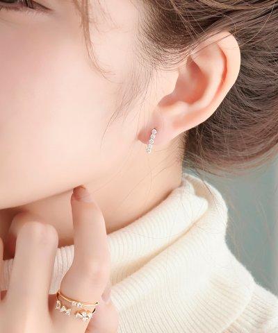 【phoebe(フィービィー)】K10ラインビジューピアス