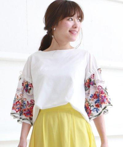 【Bou Jeloud(ブージュルード)】袖刺繍ボリュームTシャツ