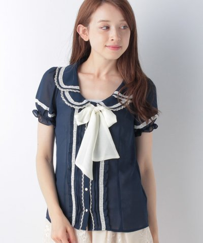 【axes femme(アクシーズファム)】2枚襟半袖フリルブラウス