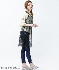 <d fashion>薔薇×鍵刺繍デニムパギンス画像