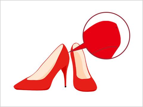 靴の踵(かかと)に空いている穴