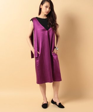 s/w satin sffold dress