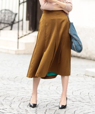 s/w satin sffold skirt