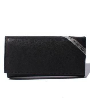 DIESEL X03608 P1221 H6168 長財布