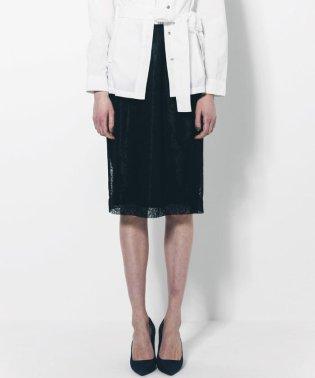 リーフ柄レースタイトスカート