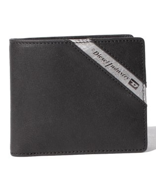 DIESEL X03611 P1221 H6168 二つ折り財布