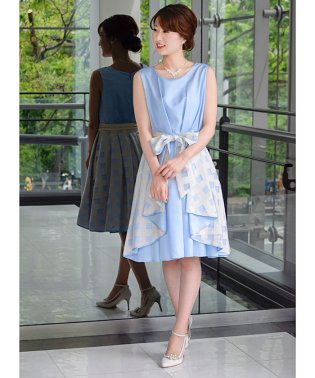 ギンガムチェックラッフルリボンドレス
