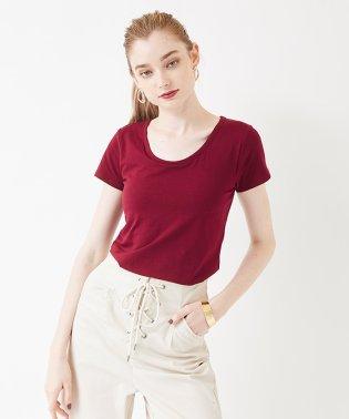 カップ付きクルーネックTシャツ