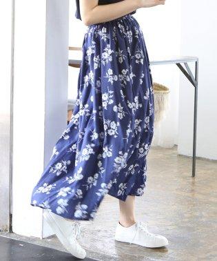 ヴィンテージサテンフラワープリントロングフレアスカート(花柄スカート)