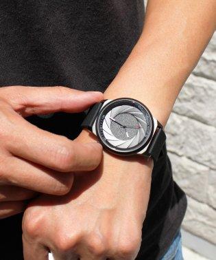 〈CADISEN/カディセン〉オールブラック C9056 シリコンベルト/ステンレス  腕時計