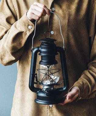 まるで本物の灯りのよう レトロな風合いのLEDランタン〈マットブラック〉