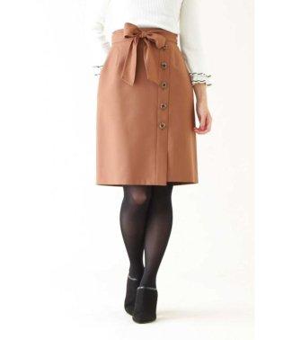 【CanCam 11月号掲載】サキソニーストレッチサイドボタンスカート