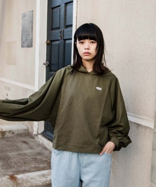 ALTERED HOODIE SHIRT OLIVE 2.2.2