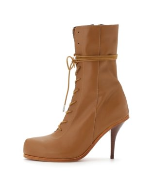 Lace-up Heel boots