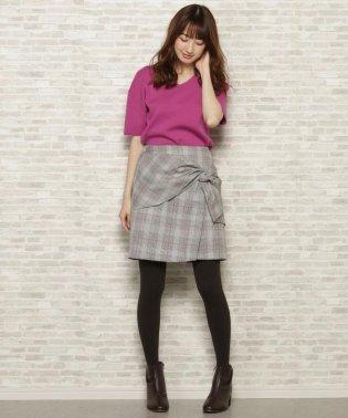 リボンモチーフタイトスカート