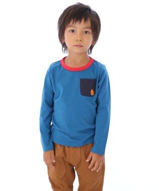 刺繍ライオンTシャツ