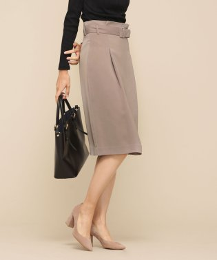 FO ベルト付スカート