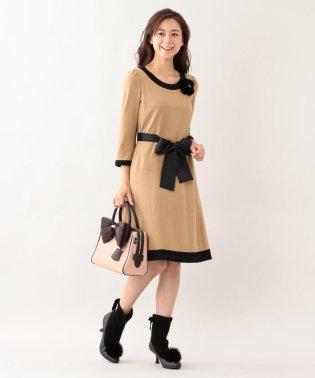 ウールストレッチポンチドレス