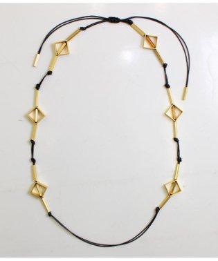 ゴールドモチーフ付ロープネックレス