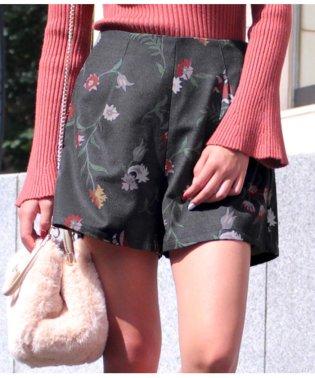 フェイクウール花柄ショートパンツ