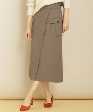 【BAILA 1月号掲載】アウトポケットラップスカート