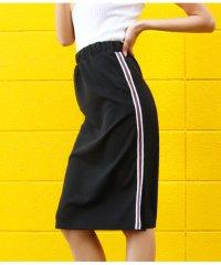 ラインデザインスリットスカート