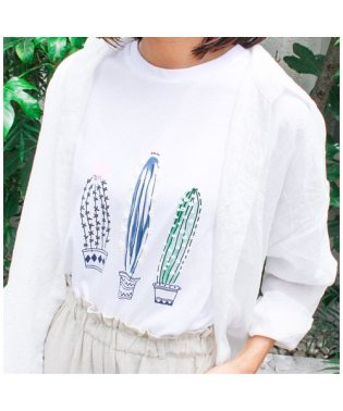サボテンTシャツ