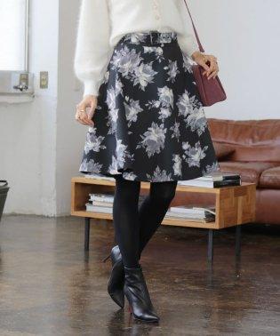 ★【MAGASEEK/d fashion限定】マトラッセフラワーフレアスカート
