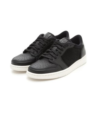 【NIKE】WMNS AIR JORDAN 1 RETRO LOW NS