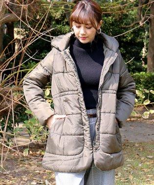 取り外せるフード付き☆ボリューム衿が暖かい中綿コート