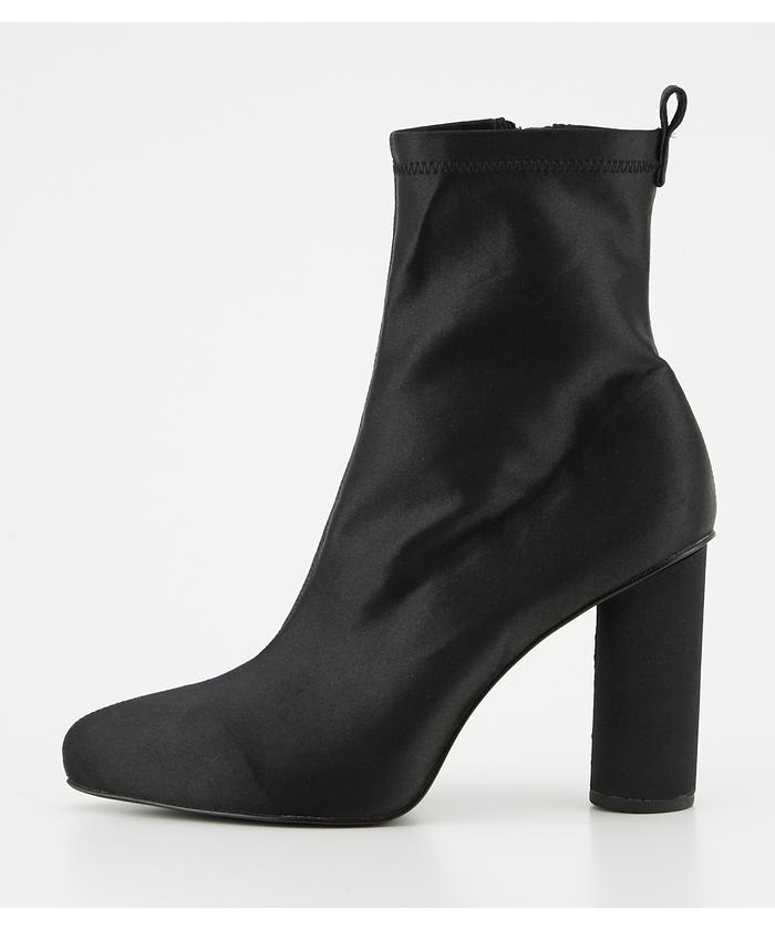 SHAPED COLOR BOOTS
