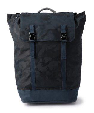 C6 (シーシックス) Day Backpack 迷彩