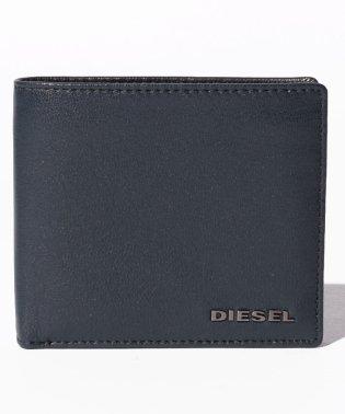 DIESEL X05601 P1752 H6842 二つ折財布