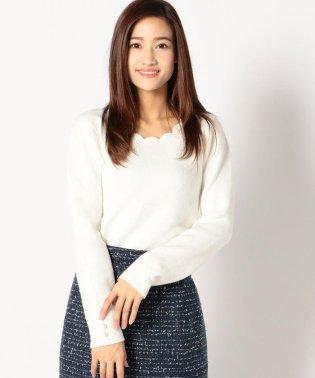 【美人百花12月号掲載】スカラップネックニット