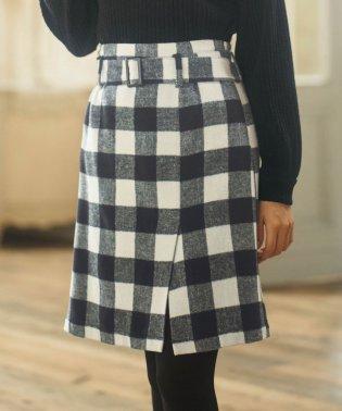 ベルト付ラップ風台形スカート