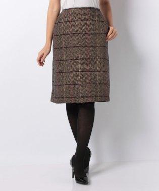ヘリンボーンチェックツイードスカート