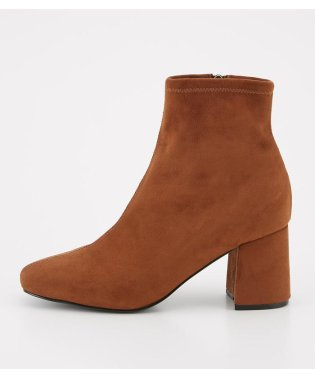 SKINNY SUEDE BOOTS