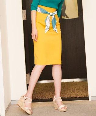 スカーフ付きタイトスカート