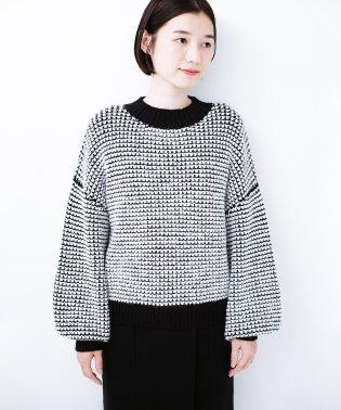 haco! ぽこぽこ編みと配色がかわいいぽんわり袖のニット