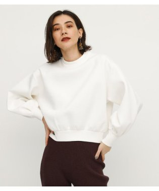 W NECK TUCK SLEEVE TOPS