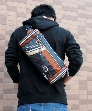 ボディバッグ メンズ 人気 ファニーパック メンズボディバッグ 鞄 フェイクレザー 杢調ナイロン