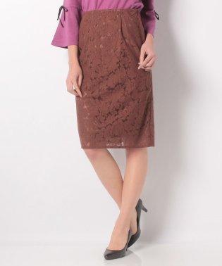 ジャガード素材レースタイトスカート