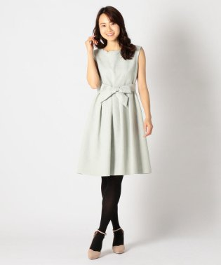 スカラネックドレス
