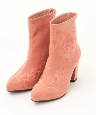 フラワー刺繍ブーツ