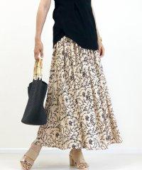 マットサテン花柄ロングスカート