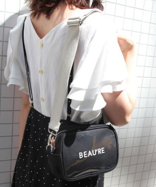 【Beau're】ロゴプリンスクエアショルダーバッグ