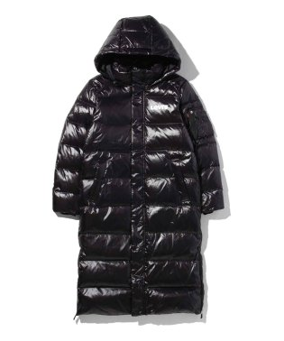 THE BATWING LONG PUFFER BLACK LAMINATED