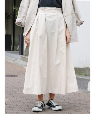チノタックフレアスカート
