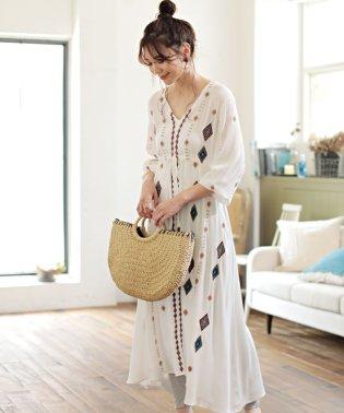 ◆着心地サラっと快適◆【WEB限定】刺繍ロングワンピース