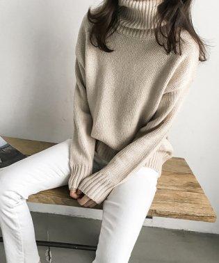 NANING9(ナンニング)タートルネックセーター
